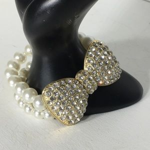 Jewelry - ⏰ Rhinestone Faux Pearl Stretchable Bracelet
